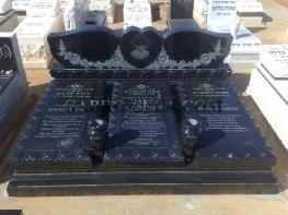 גברו סלע - מצבות בעיצוב מיוחד